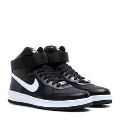 Nike Nike AF-1 Ultra Force Mid Sneakers (1,165 MXN) ❤ liked on Polyvore featuring shoes, sneakers, nike, sapatos, black, black sneakers, nike sneakers, black trainers, kohl shoes and nike trainers