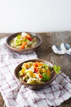 Slow Cooker Vegetable Soup!
