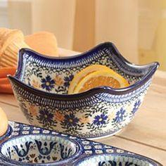 ✿ڿڰۣ(̆̃̃•Aussiegirl  Hand-Painted Polish Pottery Star Bowl