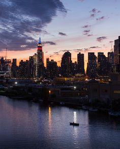 Breathtaking view on Manhattan by @imxplorer #newyorkcityfeelings #nyc #newyork