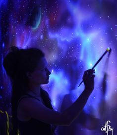 Wonderful Glow In The Dark Room Painting! When lights go out, my room becomes dreamy. Galaxy Painting, Light Painting, Painting Tips, Painting Techniques, Painting Doors, Mural Painting, Tinta Neon, Kunst Party, Galaxy Room