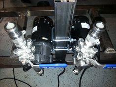 Dual pump mount