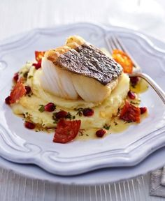 Norwegian Skrei {cod} with baked chorizo, potatoes and aman . Shellfish Recipes, Seafood Recipes, Food Plating Techniques, Gourmet Recipes, Cooking Recipes, Chorizo And Potato, Weird Food, Food Presentation, Healthy Cooking