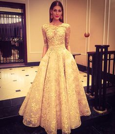 Beautiful dress by Jana Pistejova! Prom Dresses, Formal Dresses, Wedding Dresses, African Dress, Beautiful Dresses, Ball Gowns, Feminine, Couture, Bridal