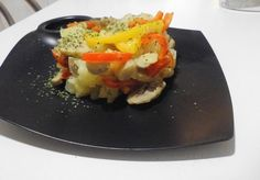 Patatas con champiñones y pimientos