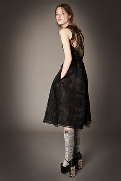 Fashion  Rochas by Alessandro Dell'Acqua Pre-Fall 2015/16 Rtw   http://www.theglampepper.com/2015/01/08/fashion-rochas-alessandro-dellacqua-pre-fall-201516-rtw/