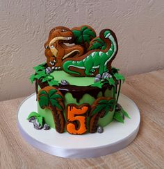 Super Ideas For Cake Ideas For Kids Boys Dinosaur Birthday Cookies And Cream Cake, Cake Cookies, Dinosaur Birthday Cakes, Cake Birthday, Best Cake Mix, Luau Cakes, Cake Mix Muffins, Royal Icing Sugar, Dino Cake