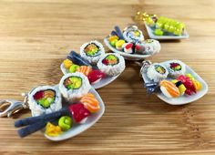 Hey, I found this really awesome Etsy listing at https://www.etsy.com/listing/262179635/realistic-adorable-sushi-dinner-on-a