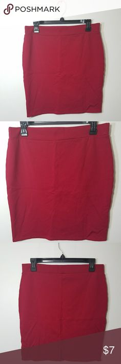 Maroon pencil bodycon skirt It looks a little more red on pictures but it is maroon  Size xl  Never worn but missing tags Open to offers  No flaws Charlotte Russe Skirts