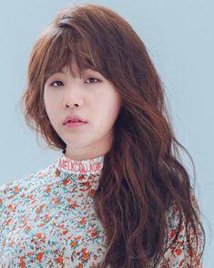 Jungkook V, Bts Yoongi, Taehyung Selca, Dog Makeup, Funny Lockscreen, Min Yoonji, Bts Girl, Bts Memes Hilarious, Bts Chibi