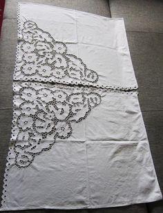 Занавески вышивка ришелье ПТИЦЫ 50-е г.г. Размер каждой 78 х 65 см.