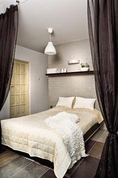Jurnal de design interior - Amenajări interioare : Un apartament renovat într-un stil modern, practic şi primitor