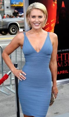 Nicky Whelan - love this woman