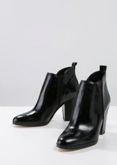 BRANDY - Ankle Boot - black