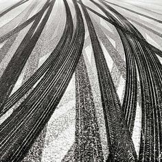 Tracks in Snow I Joseph Romeo I www.room8.com.br