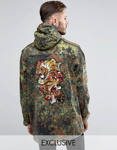Discover men's parka coats and parka jackets at ASOS. From black parkas, camo parkas and fur lined parkas to hooded and waterproof parka jackets. Mens Military Style Jacket, Military Parka, Camo Jacket, Mens Zip Up Jackets, Men's Jackets, Mens Parka Coats, Black Parka, Mens Raincoat