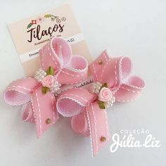 Could use upcycled jewelry for the embellishments Hair Ribbons, Diy Hair Bows, Ribbon Hair, Baby Girl Hair Accessories, Girls Hair Accessories, Diy Ribbon, Ribbon Work, Baby Bows, Baby Headbands