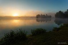 https://flic.kr/p/yMYBeP | Sunrise sur l'étang des martailles | Venez me retrouver sur :  Facebook : www.facebook.com/pages/Bob-Guedin-Photographie/5492247917... Twitter : twitter.com/bob_guedin 500px : 500px.com/bob_guedin