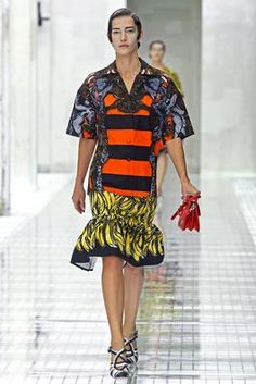 Prada Spring 2011 Ready-to-Wear Fashion Show: Complete Collection - Style.com