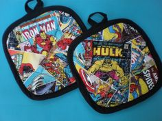 Marvels Avengers Pot Holders and Apron | Geek DecorGeek Decor