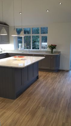 Kitchen units painted in Farrow and Ball Moles breath on base units and Purbeck stone at the top. Kitchen Diner Extension, Open Plan Kitchen Diner, Open Plan Kitchen Living Room, Kitchen Family Rooms, Home Decor Kitchen, New Kitchen, Kitchen Interior, Kitchen Modern, Vintage Kitchen