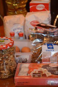 Cozonacul bunicii   In bucataria Cameliei Cereal, Deserts, Breakfast, Food, Morning Coffee, Essen, Postres, Meals, Dessert