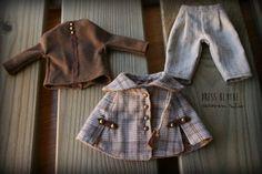 Ouvrir la saison d'automne avec une tenue composée de manteau, pantalon et chemise. La couche et le pantalon est fabriqué en tissu exclusif japonais et le t-shirt est de coton 100 %.  Chaque élément est faite à la main par mon et tissé de choyer les moindres détails.  Tous les vêtements sont testés et sont valables pour les organismes Blythe, Licca et Pure neemo.  Effectuer des livraisons à tout le monde Ne pas être retours acceptés  Aucun te quedes sans elle!  CARMEN RUBIO