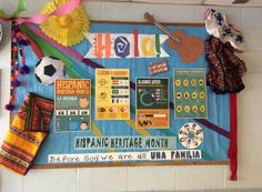 A super Hispanic Heritage classroom display photo contribution. Great ideas for your classroom! Spanish Classroom Door, Spanish Bulletin Boards, Spanish Heritage, Mexican Heritage, Elementary Spanish, Teaching Spanish, Spanish Lessons, Classroom Displays, Classroom Decor