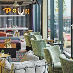 Trend: 23 Hipster-Cafés in Wien, die ihr besuchen solltet   Wienerin Backless Gown, Backless Wedding, Hipster Cafe, Baby Feet Peel, Pink Mobile, Vintage Bohemian, Vintage Roses, Vintage Shops, Interior And Exterior