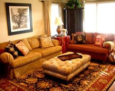 such a cozy living room! Perfect!