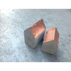 0 Concrete Sculpture, Concrete Cement, Concrete Projects, Decorative Concrete, Concrete Houses, Deco Table, Miniature Houses, Little Houses, Mini Houses