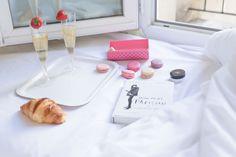 delilanevala.com, Lifestyle fashion blog, the joy of books, Paris, Parislife