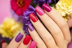 Both gel powder and gel polish are excellent choices for your manicure, adding durability, length, and shape to Gel Powder Nails, Silk Wrap Nails, Fingernail Health, Kiss Nails, Strong Nails, Types Of Nails, Artificial Nails, Square Nails, Cool Nail Designs