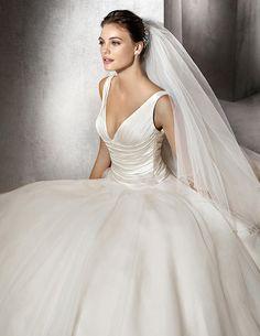 ZAREK, Wedding Dress