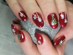 Xmas Nails – Christmas Nail Colors Many women prefer to attend the hairdresser even if … Gel Nail Art Designs, Christmas Nail Art Designs, Nails Design, Christmas Gel Nails, Holiday Nails, Nail Art For Christmas, Christmas Quotes, Nagel Gel, Nail Decorations