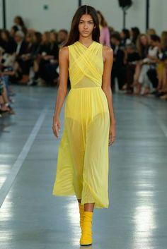 Emilio Pucci Spring 2017 Ready-to-Wear Fashion Show