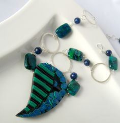 A blog post on my library display.   handmade, nature jewelry, wearable art