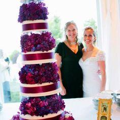 5 tier hydrangea wedding cake