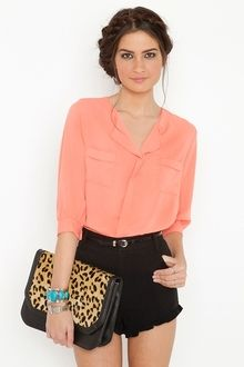getting ready for spring term! love the bright colors with dark pants