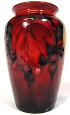 Vintage MOORCROFT Pottery LEAF & BERRY Vase FLAMBE