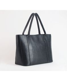 Most Wanted USA The Dakota Tote