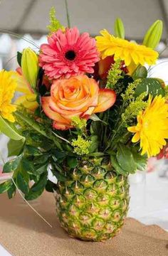 Flowers & pineapple