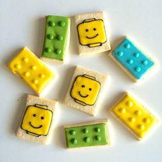 Lego cookies para este finde temático!  www.needcupcakes.com.ar  #cake #cupcakes #cookies  #cakepops #galletitas #tortas #pasteles #AYNIC #needcupcakes #lego