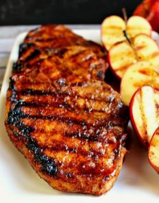 grilled pork chops Apple Cider Glazed Pork Chops by delightfulemade: Perfectly seasoned, juicy, delicious and ready in under 30 minutes! Cider Pork Chops, Glazed Pork Chops, Boneless Pork Chops, Pork Chop Recipes, Grilling Recipes, Cooking Recipes, Pork Meals, Bbq Pork, Pork Ribs