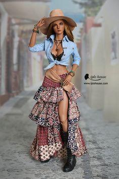 Diy Barbie Clothes, Barbie Clothes Patterns, Clothing Patterns, Barbie Stuff, Barbie Dress, Mattel Barbie, Fashion Dolls, Fashion Dresses, Barbie Mode
