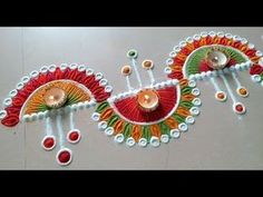 Diwali special quick and easy flowers border rangoli design Easy Rangoli Patterns, Easy Rangoli Designs Diwali, Diwali Special Rangoli Design, Rangoli Simple, Rangoli Designs Latest, Rangoli Designs Flower, Rangoli Borders, Rangoli Border Designs, Small Rangoli Design