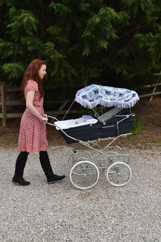 Silver Cross Marquis in Classic Navy with Handmade Sun Canopy and Pram Cover Set & This is how we (use to) roll #ConvertToBlack | Landau de ma vie ...