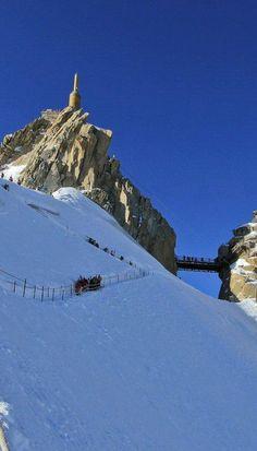 Highest Points in #Europe, #Pendulum_Field - #Aiguille_du_Midi, #Chamonix_Mont_Blanc, #France http://en.directrooms.com/hotels/subregion/2-8-1155/
