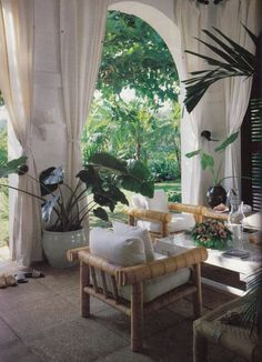tropical decor home Tropical Home Decor, Tropical Houses, Tropical Style, Tropical Interior, Outdoor Rooms, Outdoor Living, Outdoor Decor, Outdoor Seating, Bar Piscina