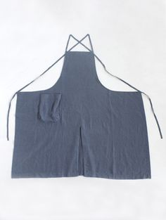evam eva/商品詳細 work wear series apron. The gore in the centre is really helpful.